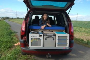 Peugeot 807- spíme v autě