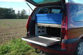 Peugeot 807- kempingová vestavba s multifunkčním šuplikem a postelí